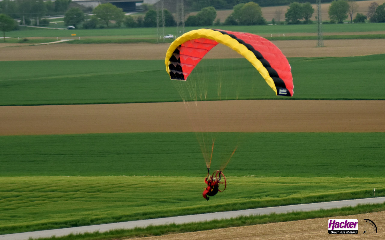 Para-RC Paraglider RC-FLAIR 2.4 - Yellow/Black/Red - Image 3